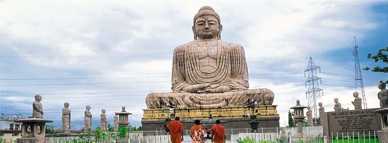 Aux pas de Bouddha